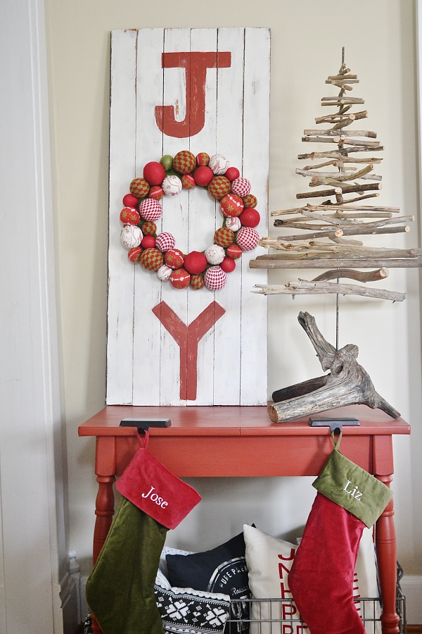 diy joy sign - Christmas Decor Signs