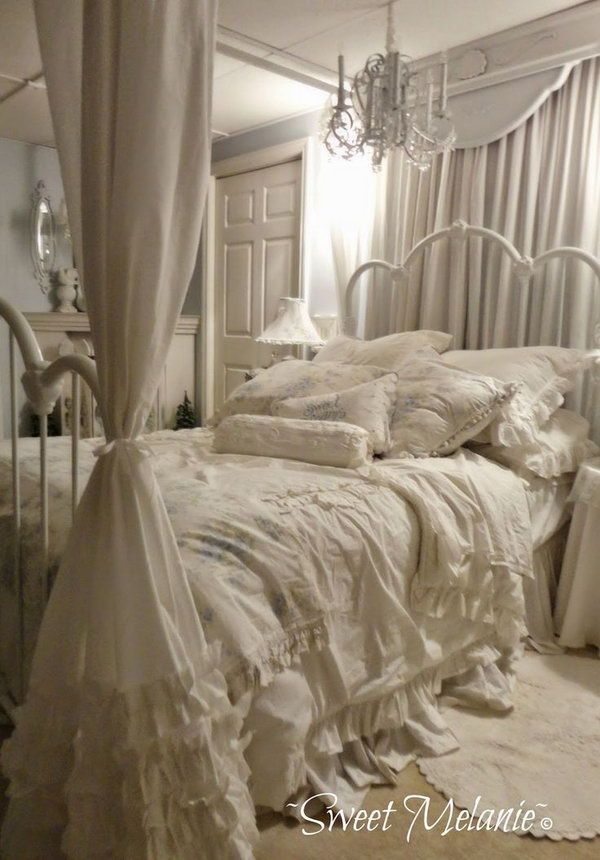 30 shabby chic bedroom ideas decor and furniture for for Shabby chic bedroom furniture