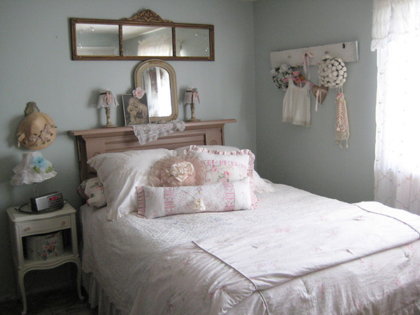 Feminine Shabby Chic Bedroom
