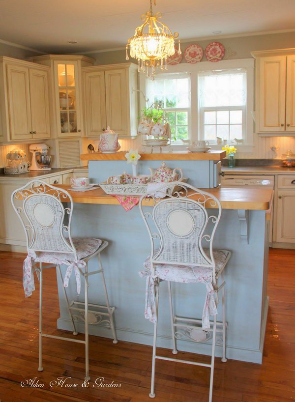 Cream White and Pale Bule Shabby Chic Kitchen.