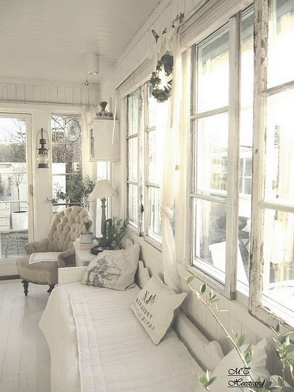 Shabby Chic Living Room Decor Idea