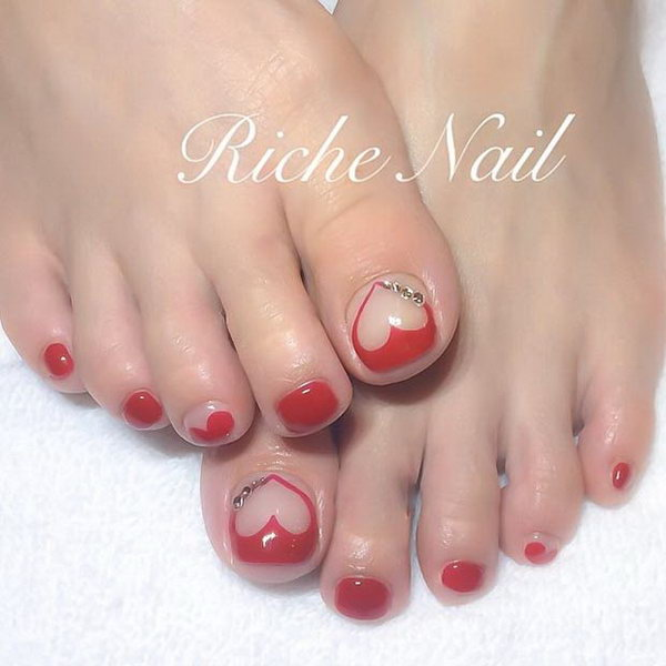 Red Heart Toe Nail Design.