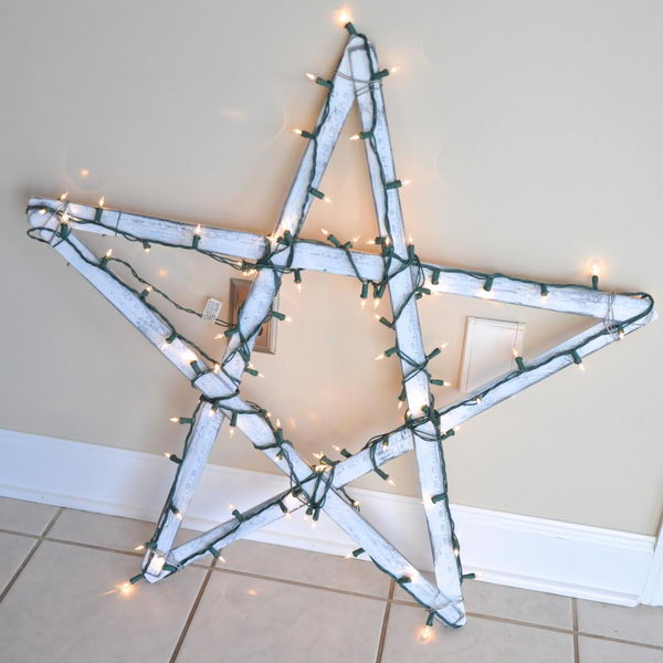 DIY Giant Star for Under $5.