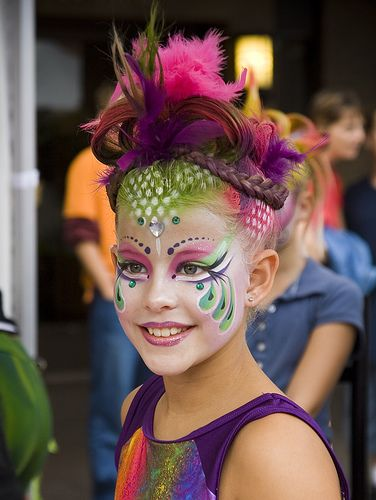 Peacock face painting ideas — photo 2