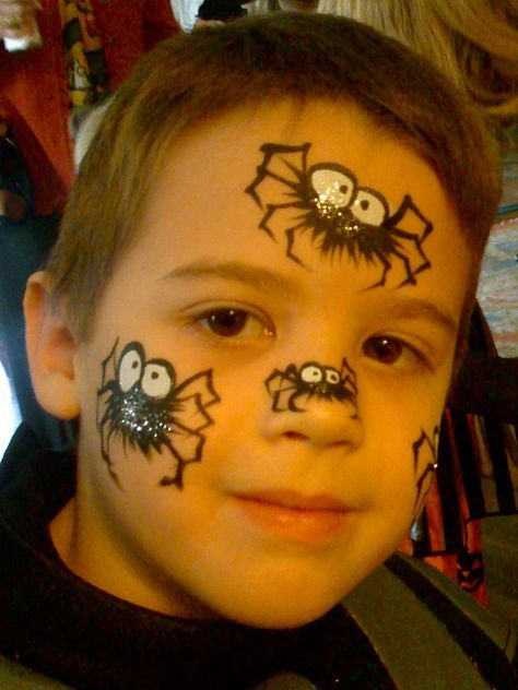 Easy Spider Face Paint.