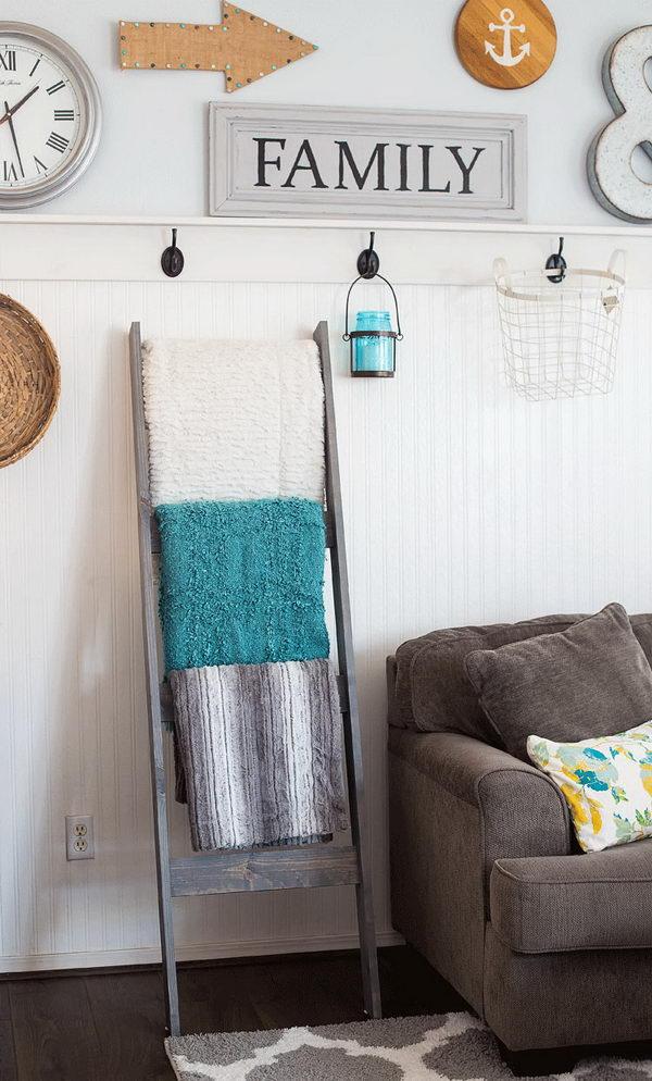 DIY Blanket Ladder Under $10.