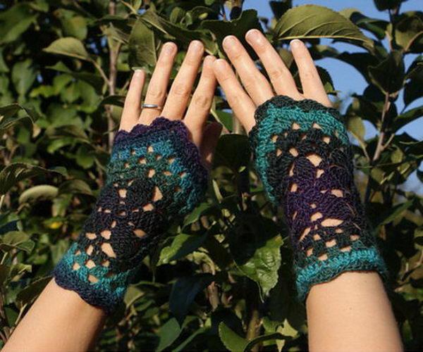 9 crochet fingerless gloves wrist warmer ideas thumb