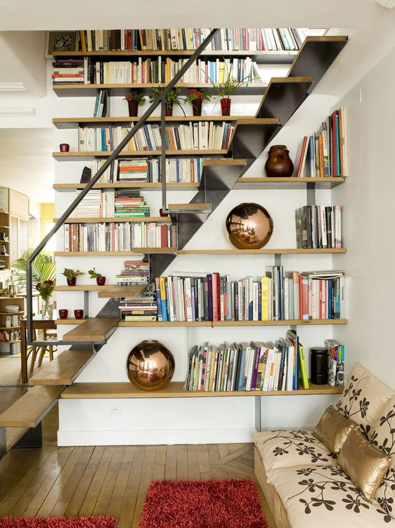 Bookshelves Under Stairs .