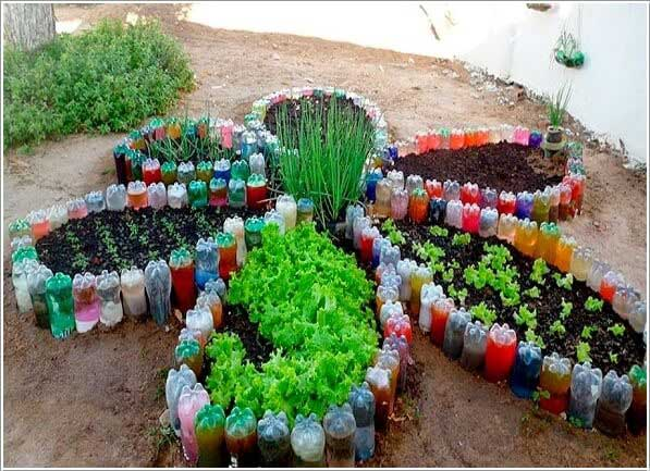 Make a Flower Shaped Garden Bed for Your Vegetable Garden with Recycled Plastic Bottles.