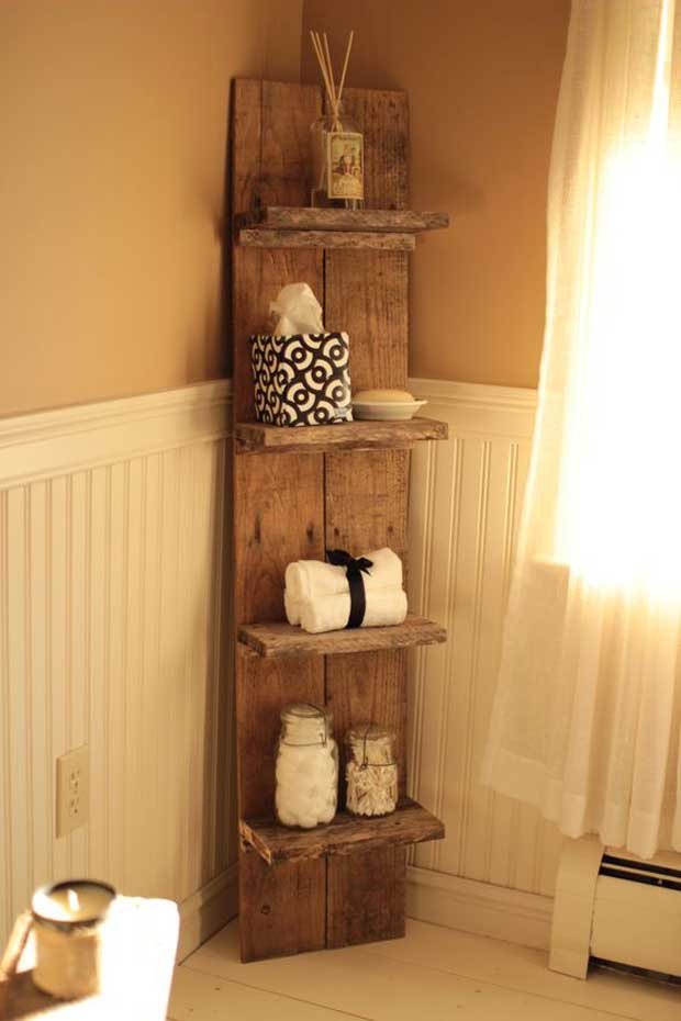 Wood Pallet Corner Shelf.